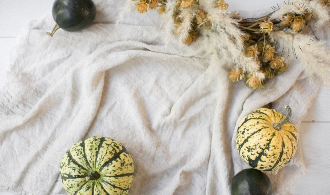 pumpkin dinner table decoration