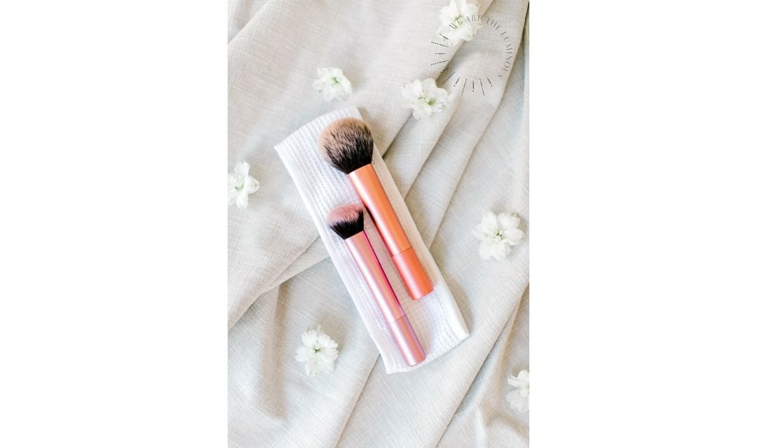 pink make up brush stock photo
