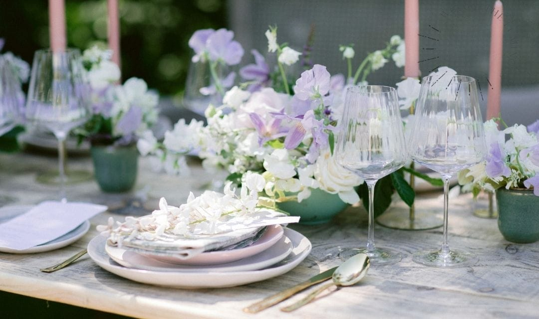 lilac wedding table details