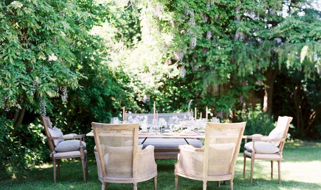 purple wedding table details
